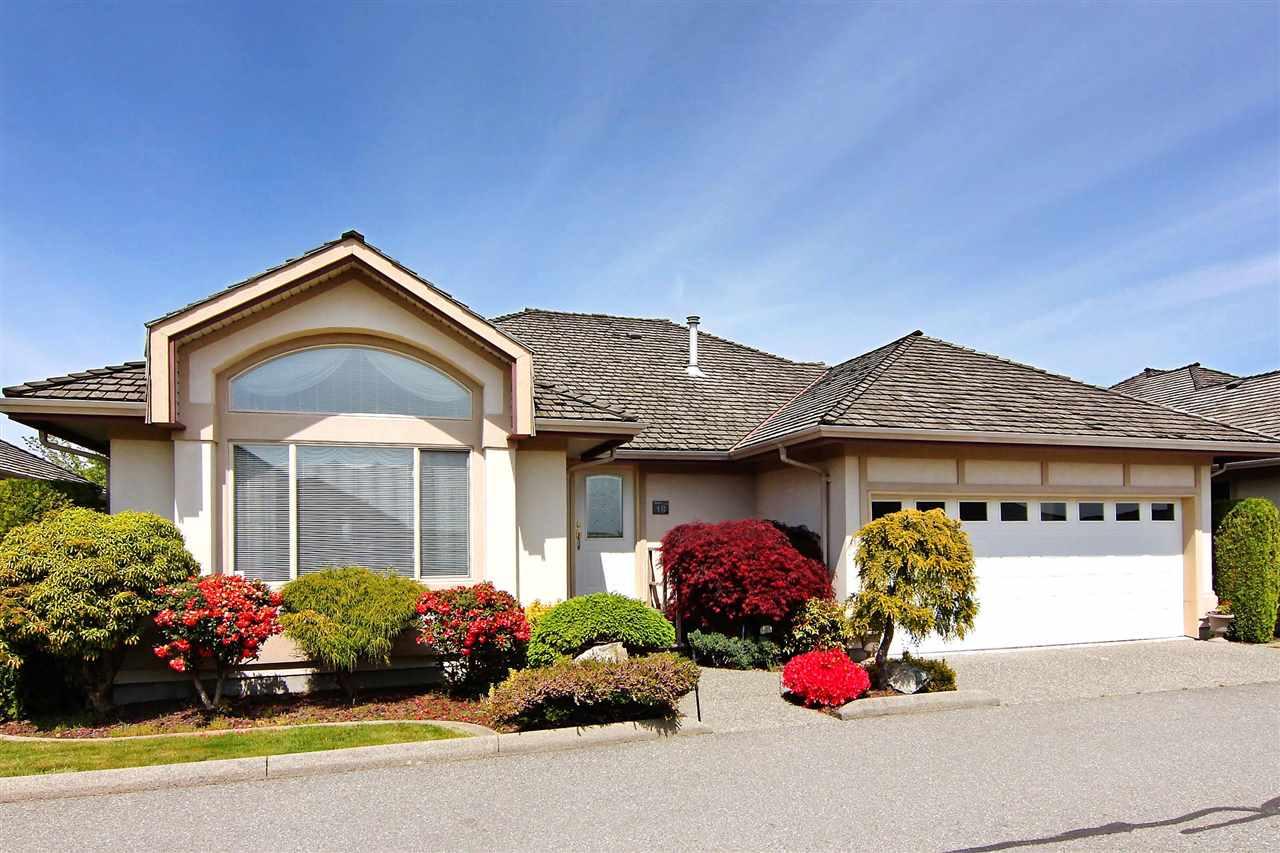 Real Estate Listing MLS R2388639