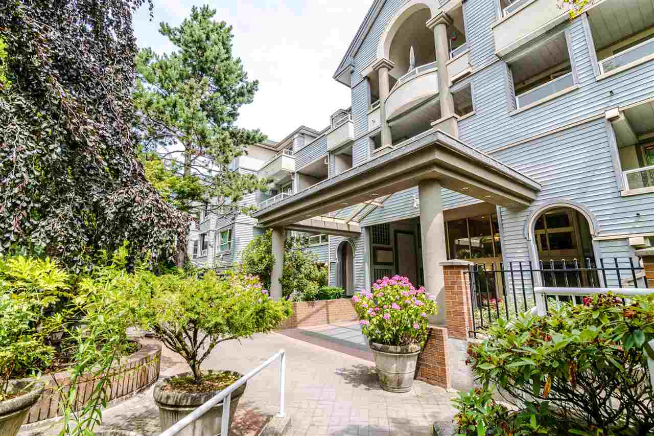 Real Estate Listing MLS R2389086