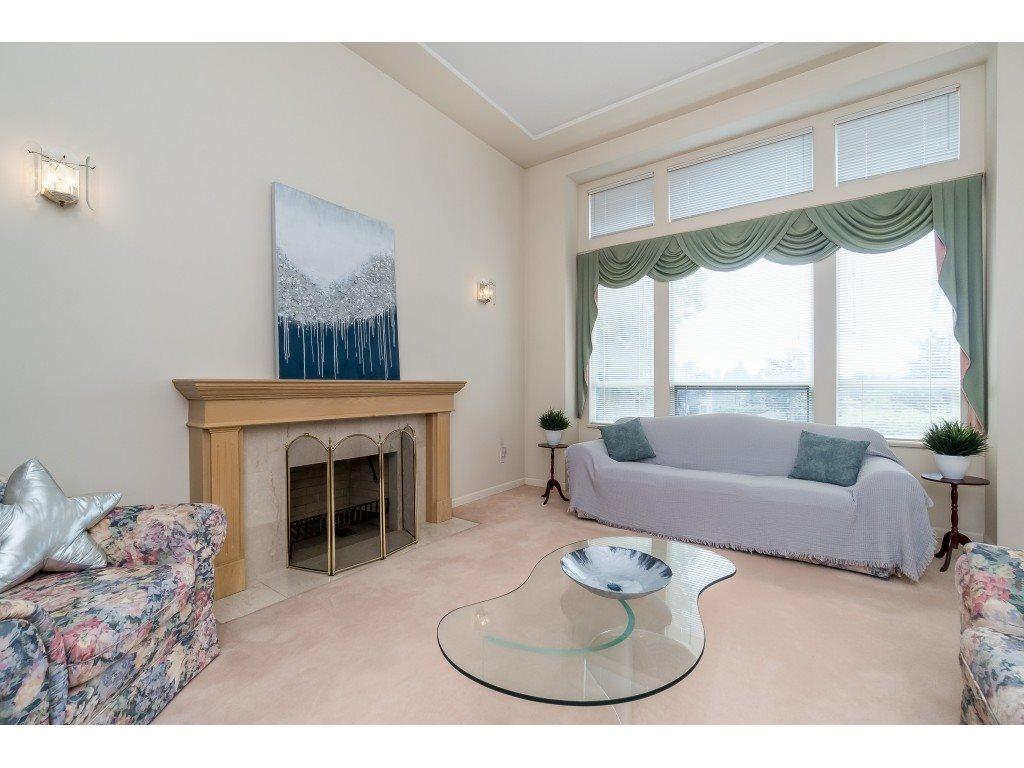 Real Estate Listing MLS R2389241