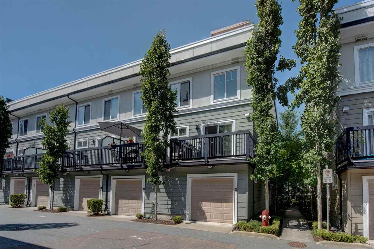 Real Estate Listing MLS R2389255