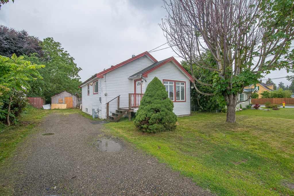 Real Estate Listing MLS R2389469