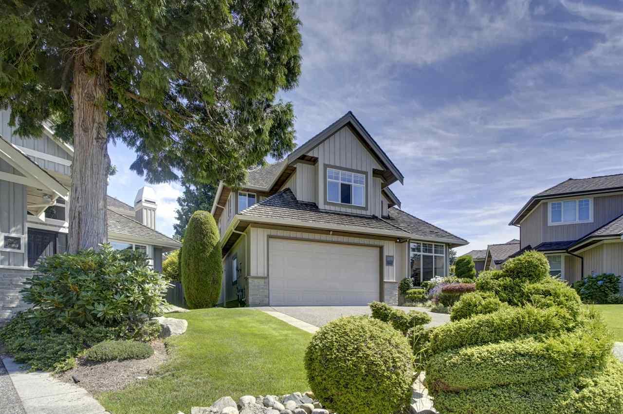 Real Estate Listing MLS R2389539