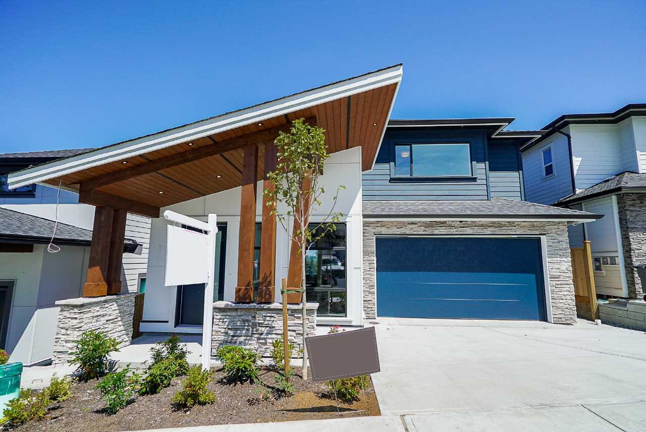 Real Estate Listing MLS R2390156