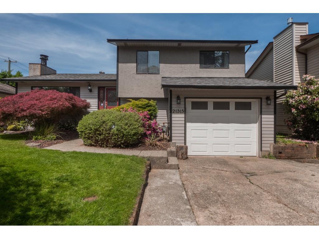 Real Estate Listing MLS R2390157