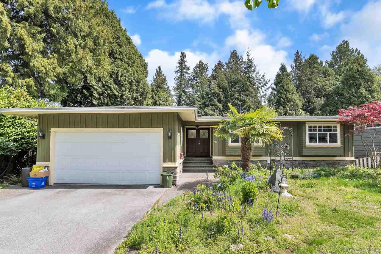 Real Estate Listing MLS R2390352