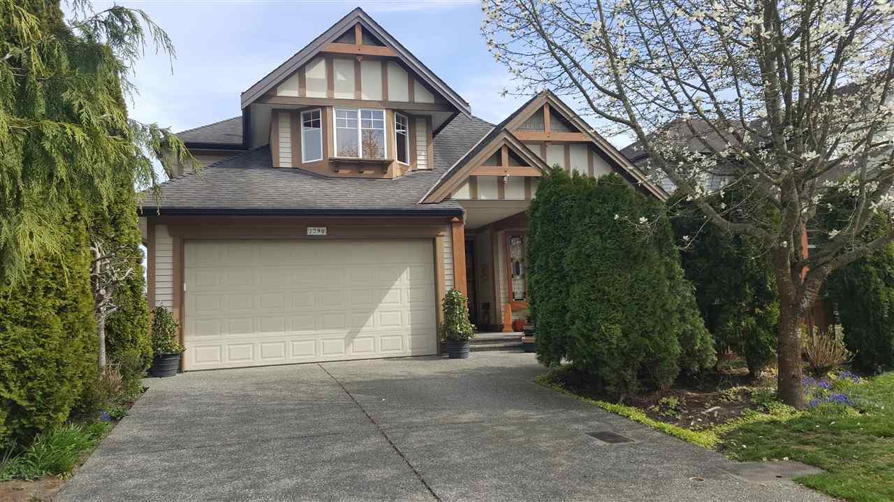 Real Estate Listing MLS R2391159