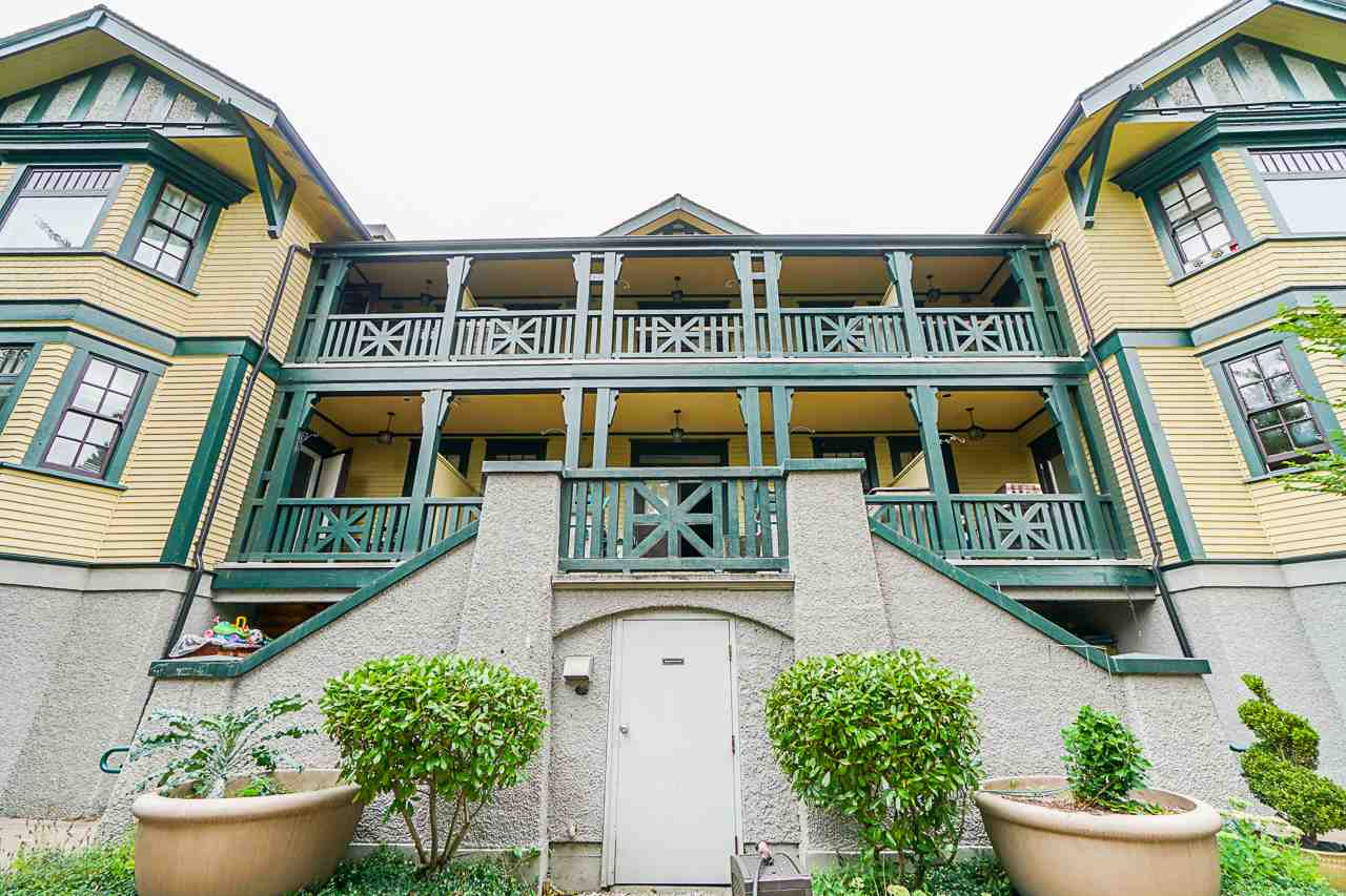 Real Estate Listing MLS R2396579