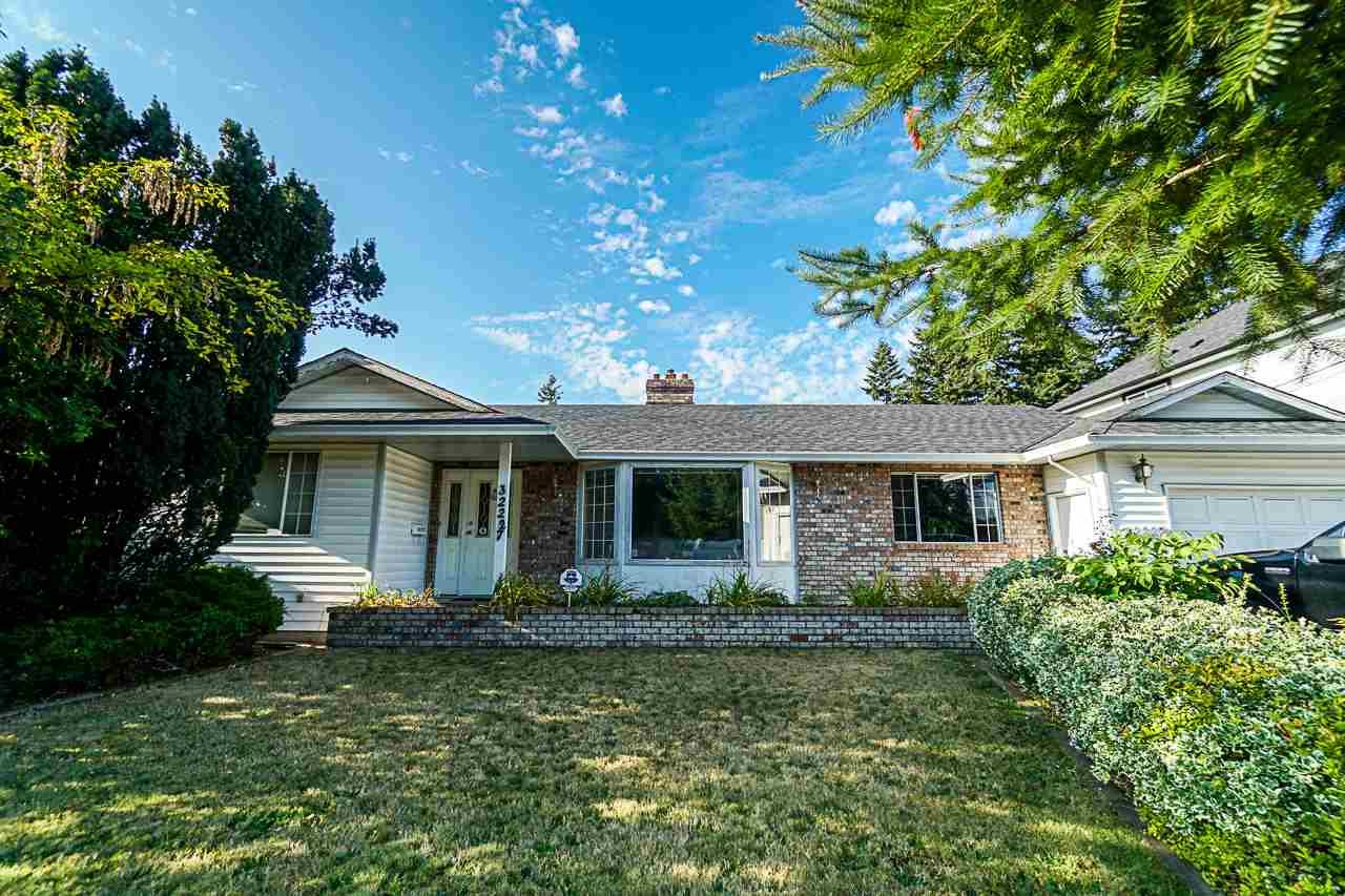 Real Estate Listing MLS R2397459