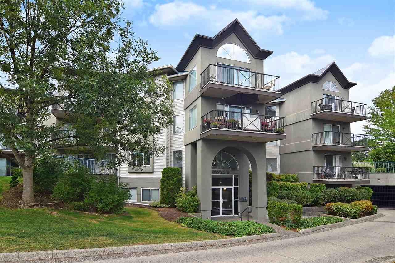 Real Estate Listing MLS R2398112