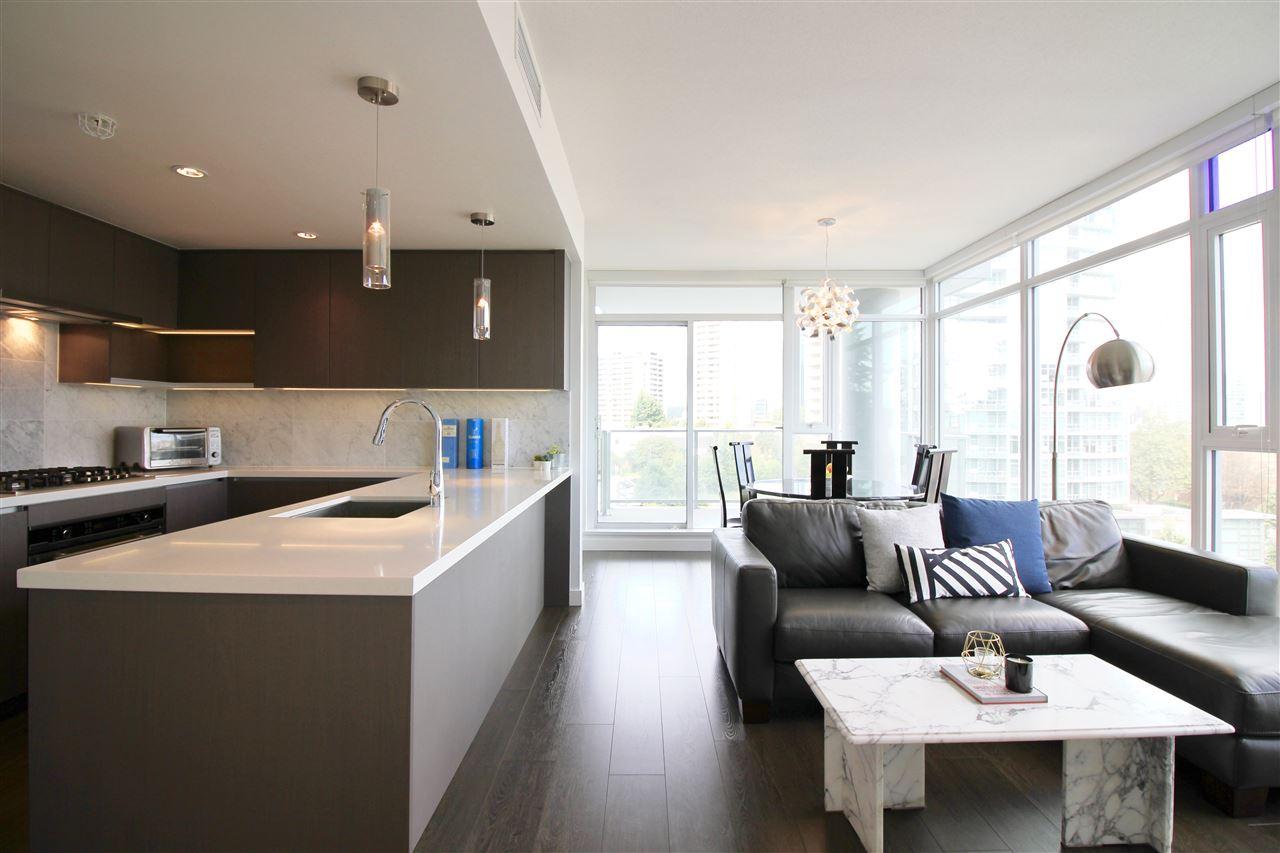 Real Estate Listing MLS R2399182