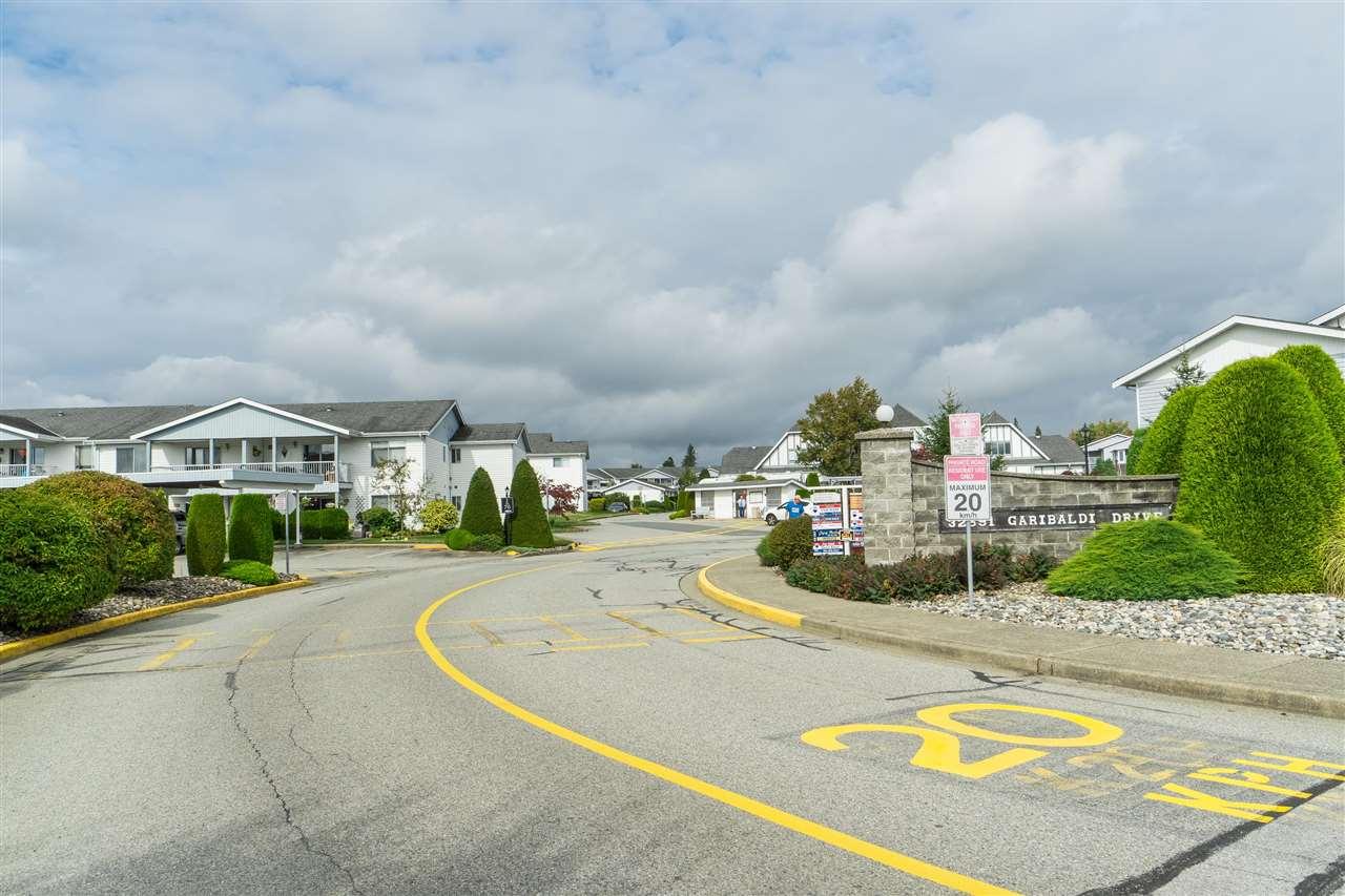 Real Estate Listing MLS R2406744