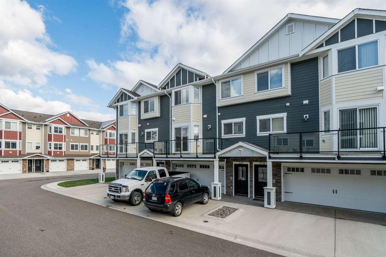 Real Estate Listing MLS R2411767