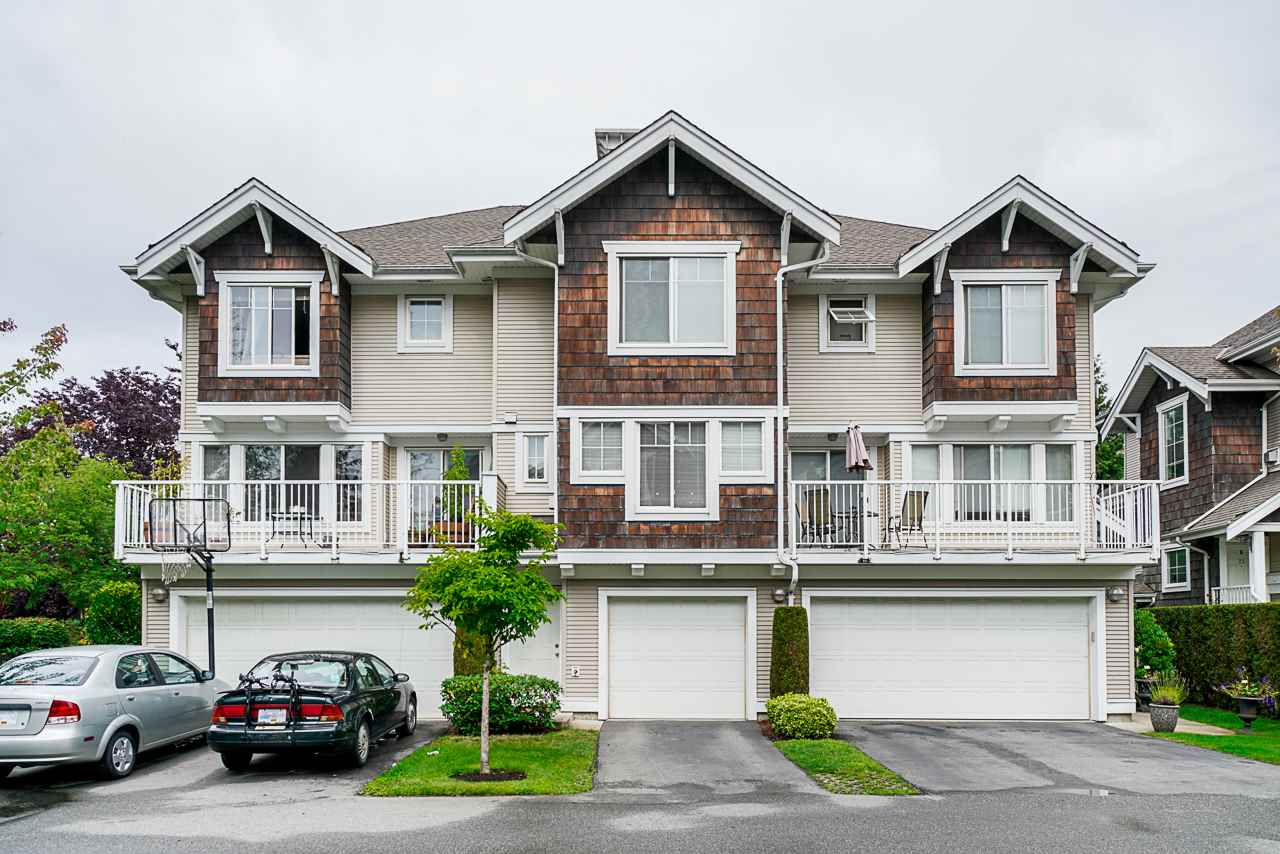 Real Estate Listing MLS R2416750
