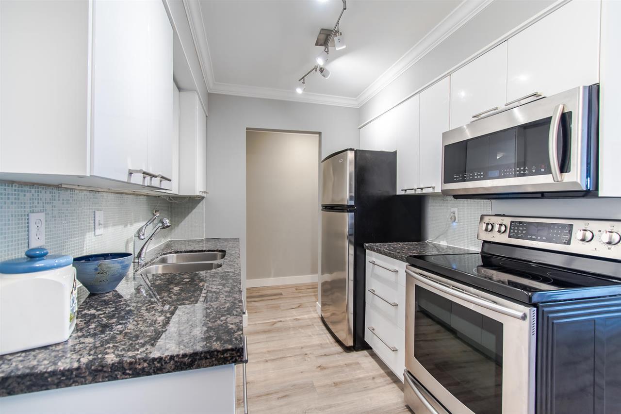 Real Estate Listing MLS R2418968