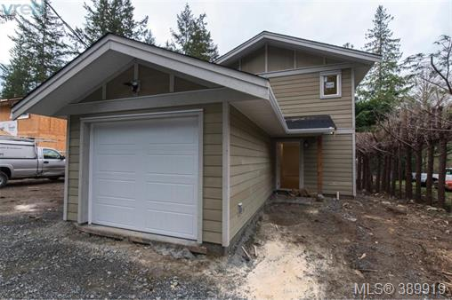 2514 Florence Lake Rd, Langford, MLS® # 389919