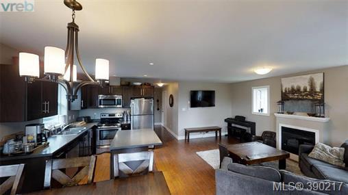 Real Estate Listing MLS 390217