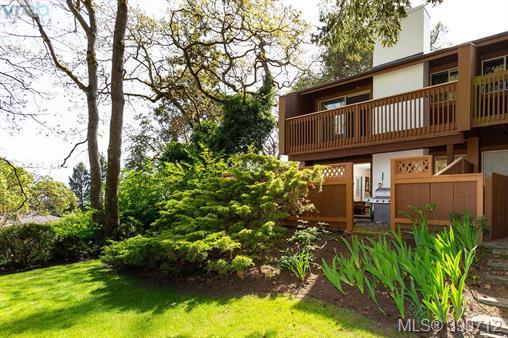 Real Estate Listing MLS 390712
