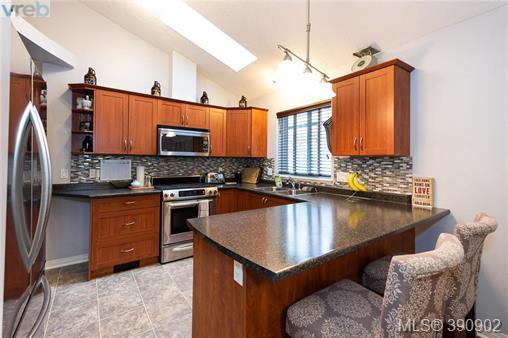 Real Estate Listing MLS 390902