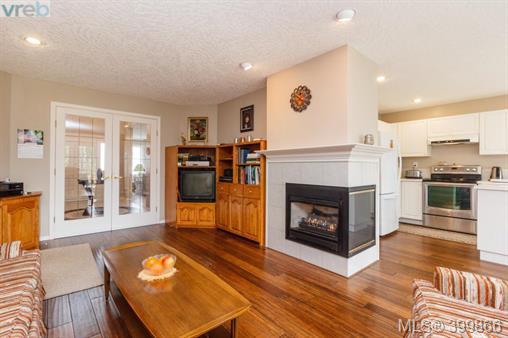 Real Estate Listing MLS 399866