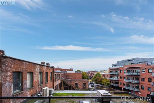 Real Estate Listing MLS 404674