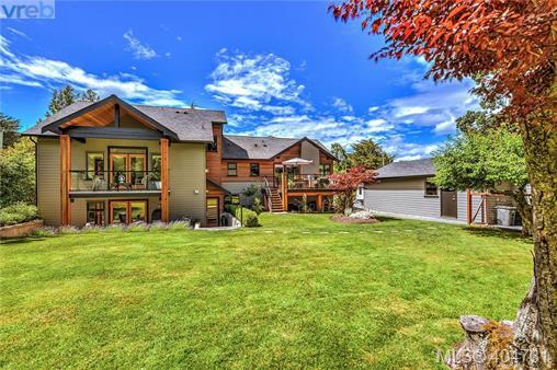 Real Estate Listing MLS 404731