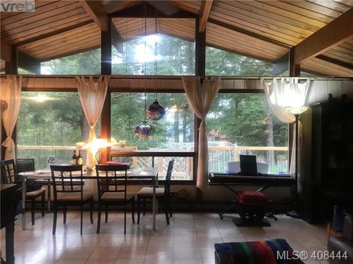 Real Estate Listing MLS 408444