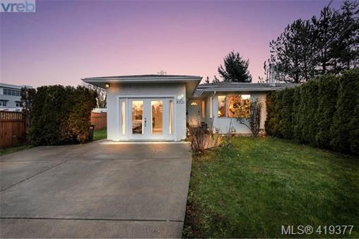 Real Estate Listing MLS 419377