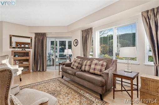Real Estate Listing MLS 419754