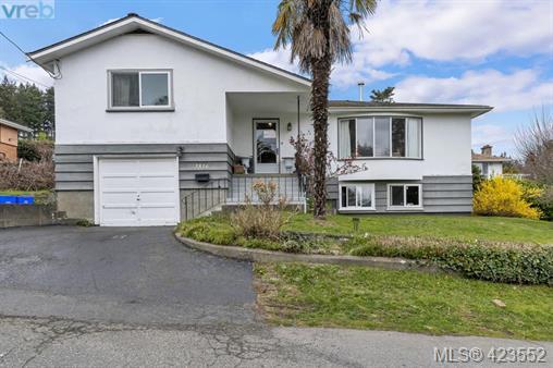 Real Estate Listing MLS 423552