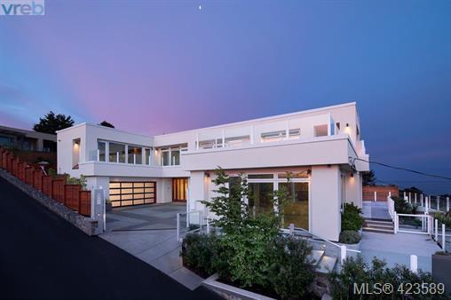 Real Estate Listing MLS 423589