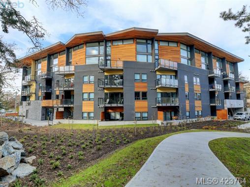 Real Estate Listing MLS 423764