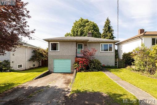 Real Estate Listing MLS 424724