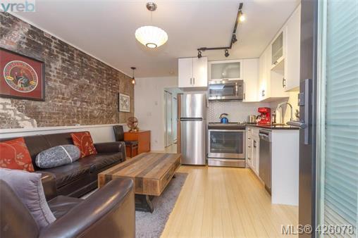 Real Estate Listing MLS 426078
