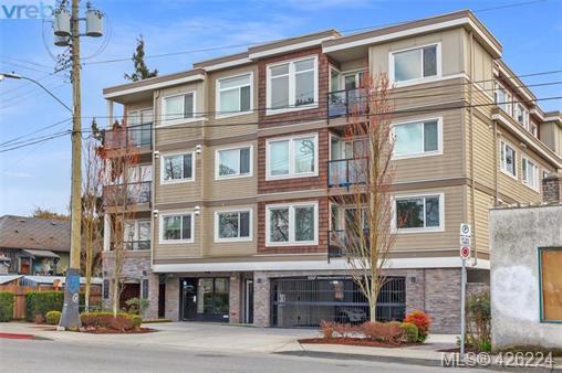 Real Estate Listing MLS 426224